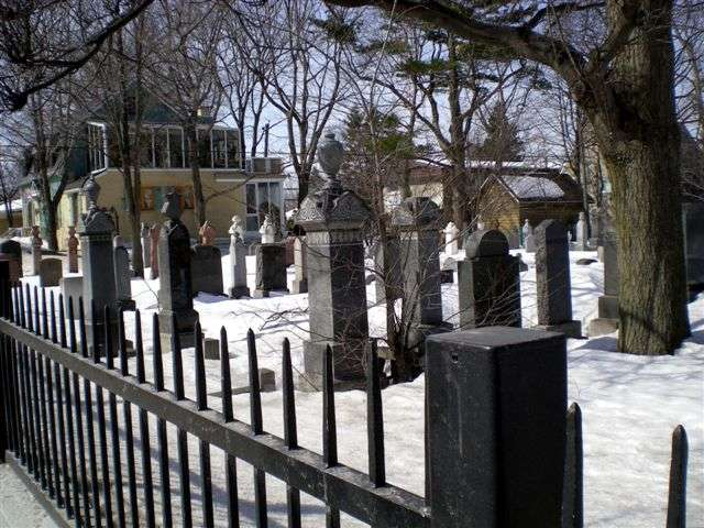 quebec city-beth israel cemetery-sillery-march2009 009 3.jpg