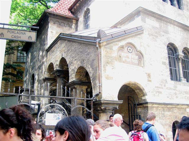 Prague-01a.jpg