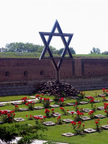 outside terezin- holocaustmemorialcemetery2006-58.jpg