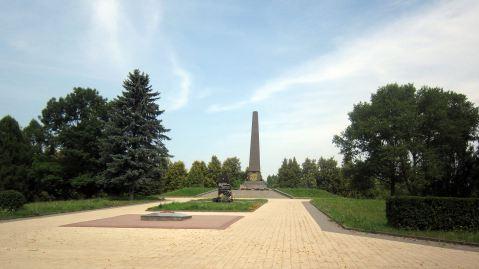 maly_trastsianets_memorial_summer_2.jpg