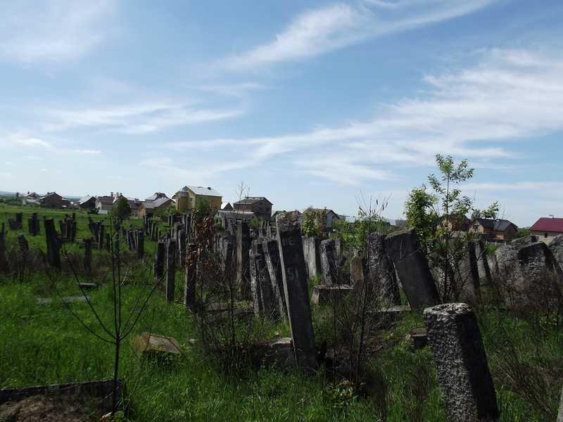 4-Brody-5-2012-Jewish-cemetery-30.jpg