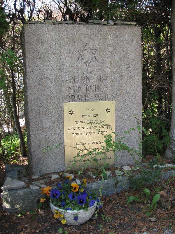 Feldafing_cemetery.jpg